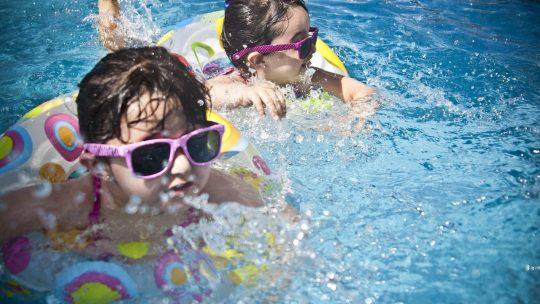 Les abris de piscine télescopiques