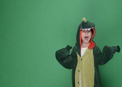 Déguisement de dinosaure : bien choisir un modèle réaliste pour adulte
